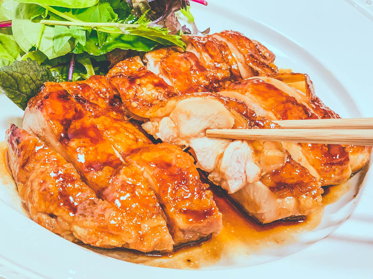 鶏もも肉の照り焼きのジューシーな断面(改訂版鶏の照り焼き):低温調理レシピ